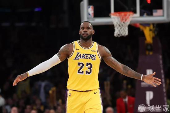 ESPN公布最新历史前十巨星:科比第9魔术师第5 詹姆斯能排第几?